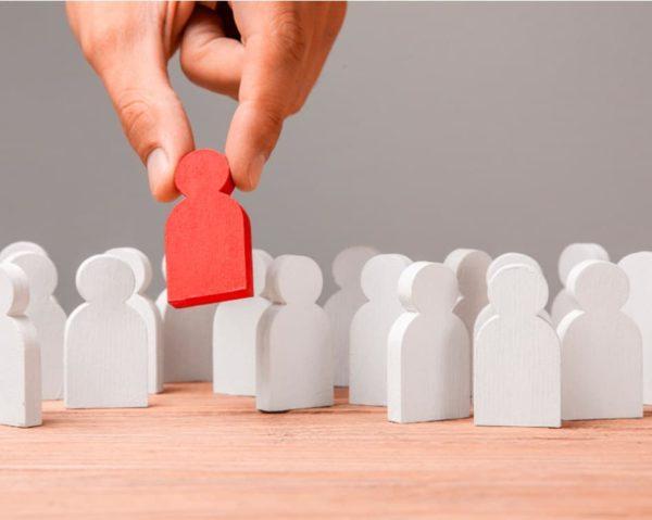 Fórmate con el curso Agente de Colocación para orientar a las personas en su inserción laboral