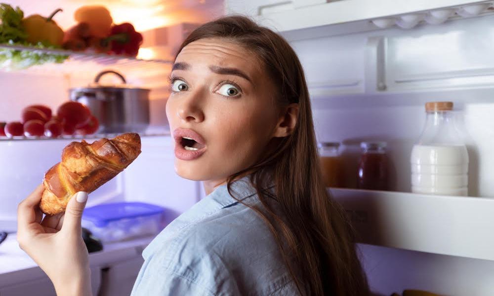 Atracones de comida: Pautas para reducir la ansiedad en las comidas